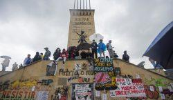 Aumenta presión contra Iván Duque en Colombia tras una semana…