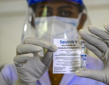 Rusia anuncia el registro de su vacuna Sputnik Light, que se administra en una sola dosis