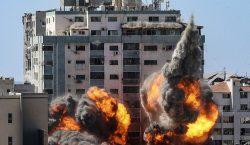 Ejército israelí bombardea edificio de Gaza donde tienen sus oficinas…