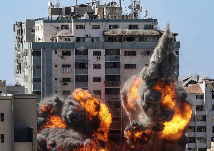 Ejército israelí bombardea edificio de Gaza donde tienen sus oficinas Associated Press y Al Jazeera