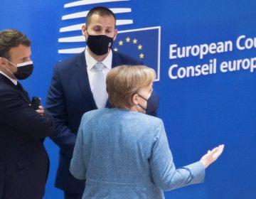 El G7 exige a Bielorrusia liberar a periodista opositor y a su acompañante