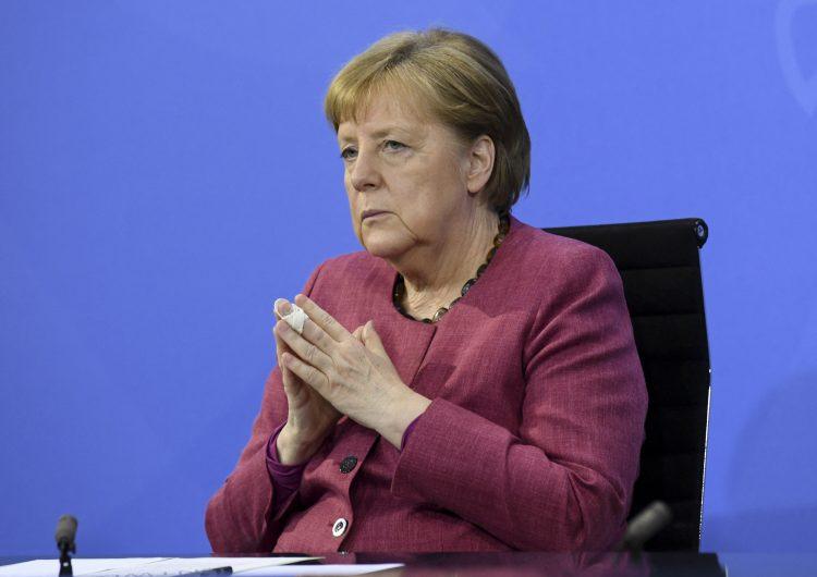 EU espió a Merkel con ayuda de servicios de inteligencia daneses, reportan medios europeos
