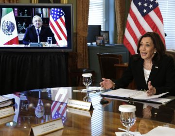 """""""Tenemos que buscar el entendimiento, no pelearnos"""", le dice AMLO a Kamala Harris en su reunión bilateral virtual"""