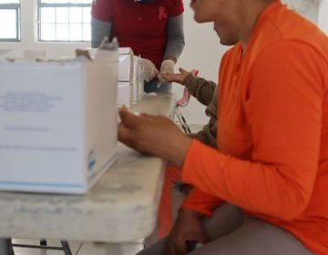 Aplican pruebas de detección de enfermedades de transmisión sexual a internas del CERESO Femenil de Aguascalientes