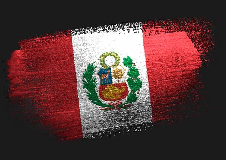Perú: asesinan a 2 niños y 16 adultos en un bar; policía responsabiliza a Sendero Luminoso