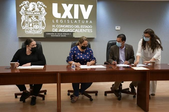 Aprueban en comisión legislativa, reforma para evitar la automedicación en Aguascalientes