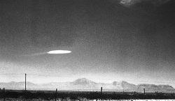 Exfuncionario de Amenazas Aeroespaciales del Pentágono revela evidencia 'convincente' sobre…
