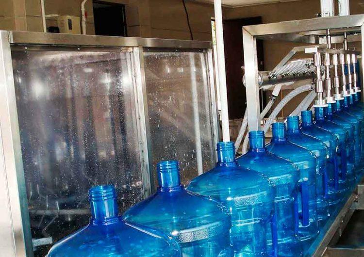 San Andrés Cholula ya no dará permisos a embotelladoras de agua