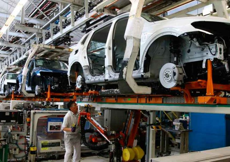 VW mandará de vacaciones a trabajadores durante paro técnico de junio