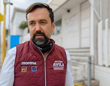 Denuncia Arturo Ávila detención de jóvenes por tapar baches en Pilar Blanco