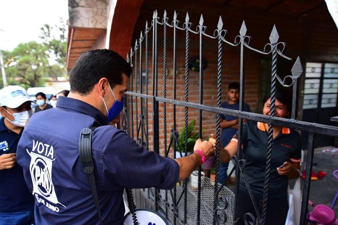 Se compromete Leo Montañez a atender necesidades de comunidades rurales