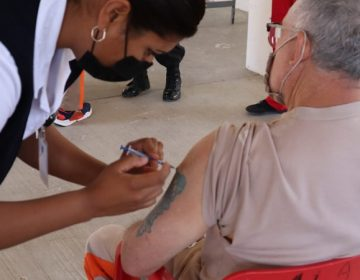 Inicia este martes aplicación de segundas dosis de la vacuna Sinovac a adultos mayores de 60 años en Aguascalientes