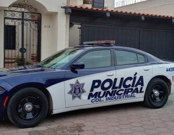 Rescatan policías municipales a joven que intentó quitarse la vida ingiriendo medicamentos en Aguascalientes