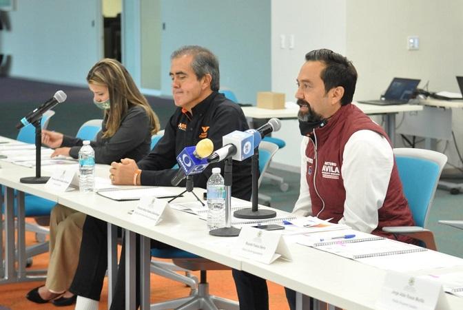 Promete Arturo Ávila profesionalización de policías municipales de Aguascalientes