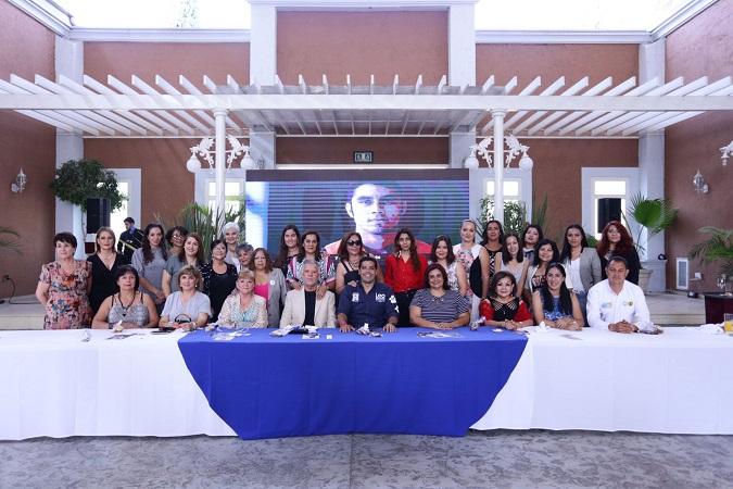 Desarrollo económico de mujeres será prioridad para Leo Montañez