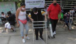 México inicia la vacunación a embarazadas en la CDMX; se…