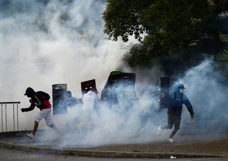 Asuntos Latinoamericanos de Washington exige a Biden respuesta contundente a violencia en Colombia