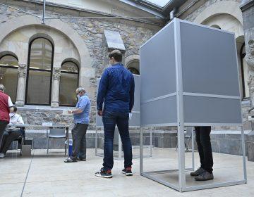 Perú y Alemania celebran elecciones