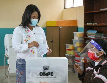 Elecciones en Perú: Keiko Fujimori obtiene 50.3 % de los votos, según sondeos preliminares