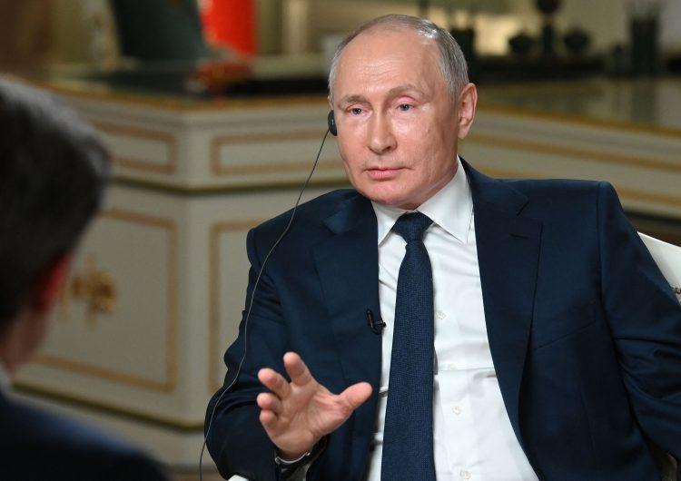 'Ridículas' las acusaciones de que Moscú está detrás de ciberataques contra EU: Putin