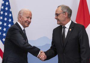 UE y EU extienden tregua arancelaria; Biden propone replicar estos acuerdos con China