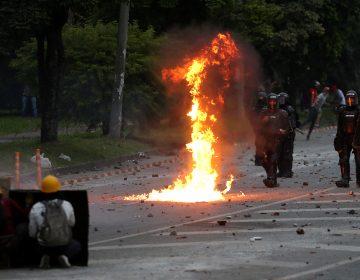 Colombia: nuevo choque entre policía y manifestantes deja un muerto; ya suman 62 decesos