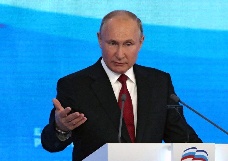 Putin promete a los rusos miles de millones de rublos antes de las elecciones de septiembre