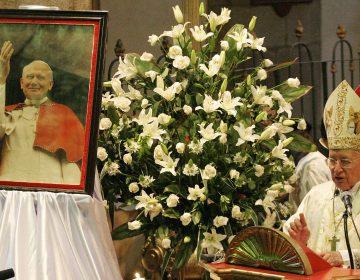 Vaticano: investigan a ayudante de Juan Pablo II por encubrimiento de abusos