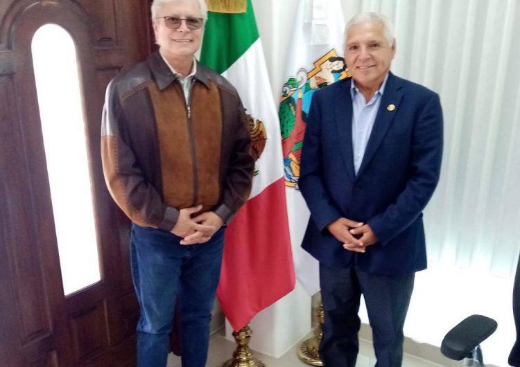 Bonilla recibe a diputado federal electo Héctor Mares