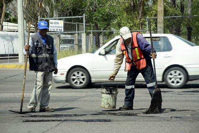 Invierten 18 mdp para tapar baches en el municipio de Aguascalientes