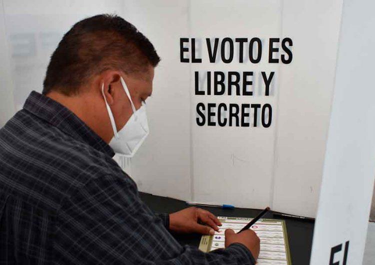 Poblanos sin cubrebocas no podrán votar