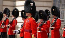 Más hombres que mujeres ocupan posiciones de poder en Buckingham;…