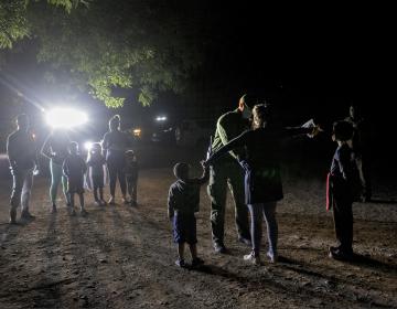 EU anuncia creación de fuerza de tareas contra traficantes de personas en México y Centroamérica