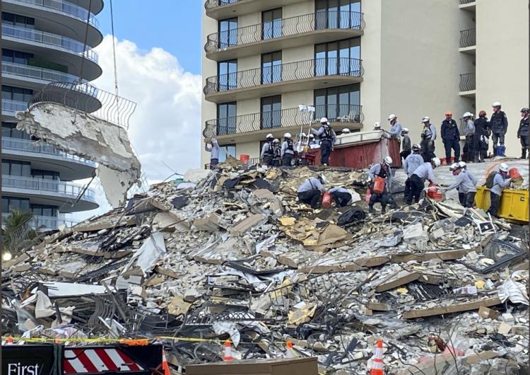 Florida: suman 11 muertos tras derrumbe de edificio; en abril se alertó del estado crítico de la propiedad