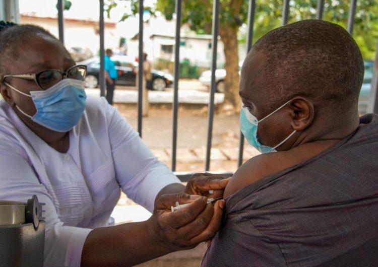 La tercera ola de covid-19 en África es 'increíblemente preocupante': OMS