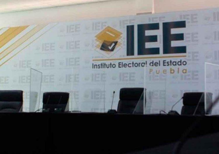 IEE analiza modificaciones a candidaturas en Puebla y Acajete