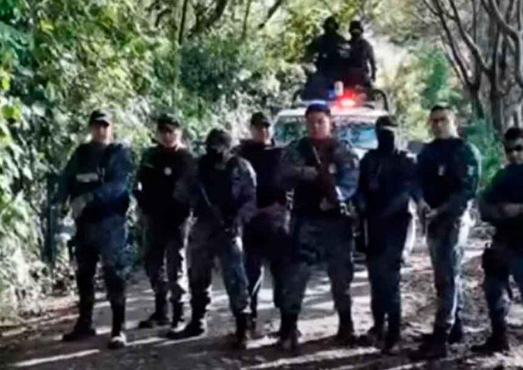 Policías estatales de Puebla cantan rap para amenazar a criminales