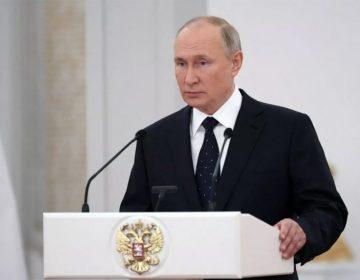 Putin advierte que, de no respetar leyes rusas, funcionamiento de redes sociales será más lento