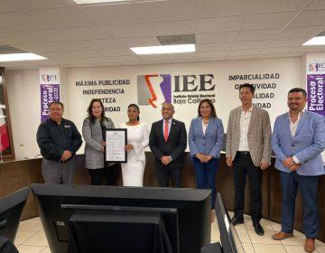 Recibe Montserrat Caballero Constancia de Mayoría del IEEBC