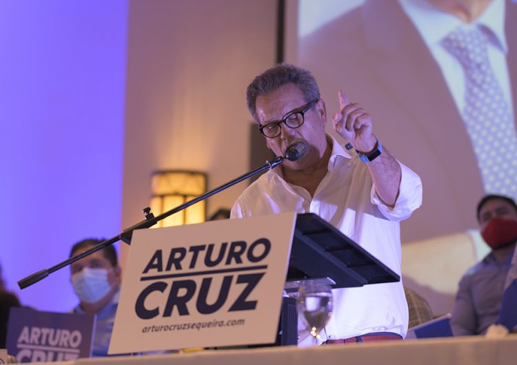 Candidato nicaragüense es detenido al ingresar al país; es el segundo arrestado esta semana