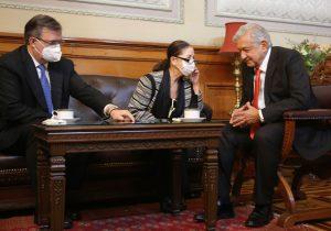 México aplicará en la frontera norte vacunas anticovid donadas por EU