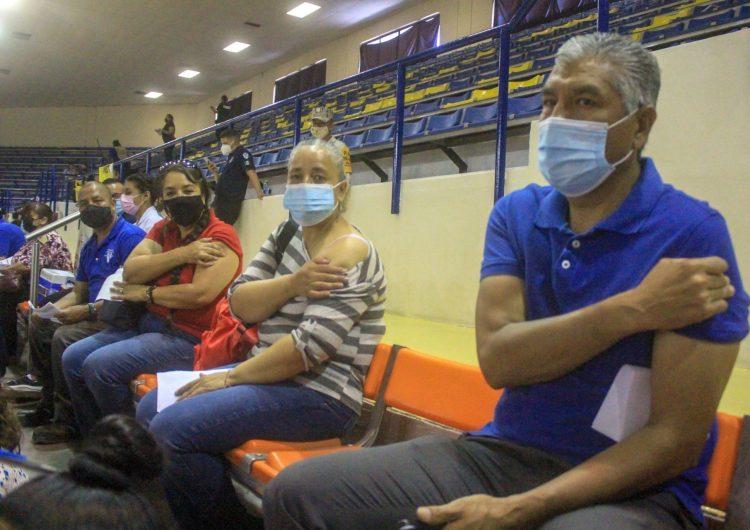 México alcanza los 232,608decesos a causa del coronavirus