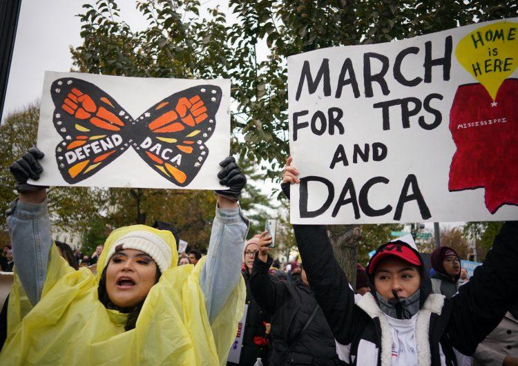 EU: Biden apelará fallo que considera ilegal al DACA y urge al Congreso permitir ciudadanía a 'soñadores'