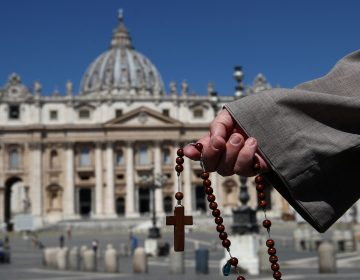 El papa Francisco se recupera de operación de colon; pronunciará el Ángelus desde el hospital