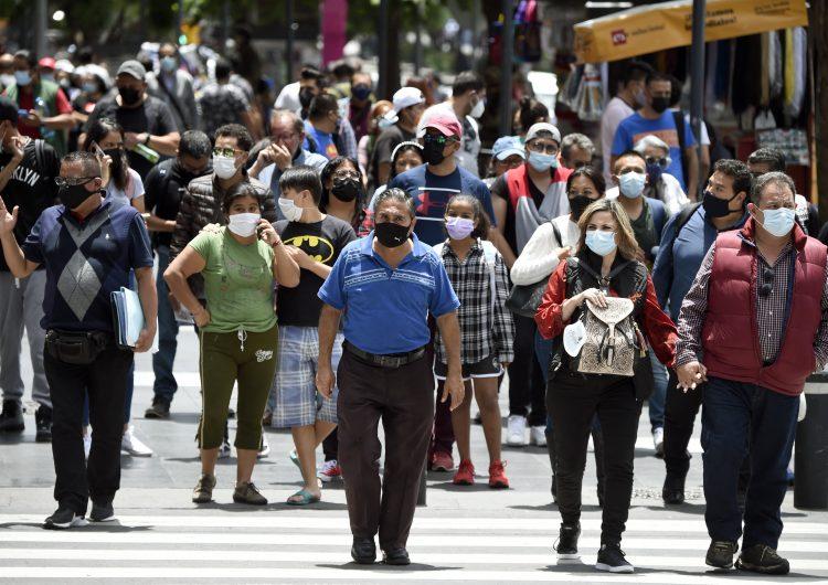Covid-19: Ciudad de México acelera el proceso de vacunación ante riesgo de aumento en contagios