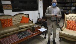 Guatemala: destituyen a fiscal que investigaría al presidente; sale del…