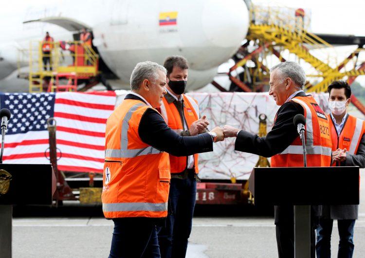 Presidente de Colombia pide a EU declarar a Venezuela 'país promotor del terrorismo'