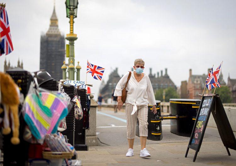 Reino Unido elimina cuarentena para viajeros que acrediten inmunización de covid en el extranjero