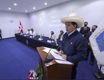 Perú: Jurado Nacional de Elecciones proclama presidente al maestro Pedro Castillo