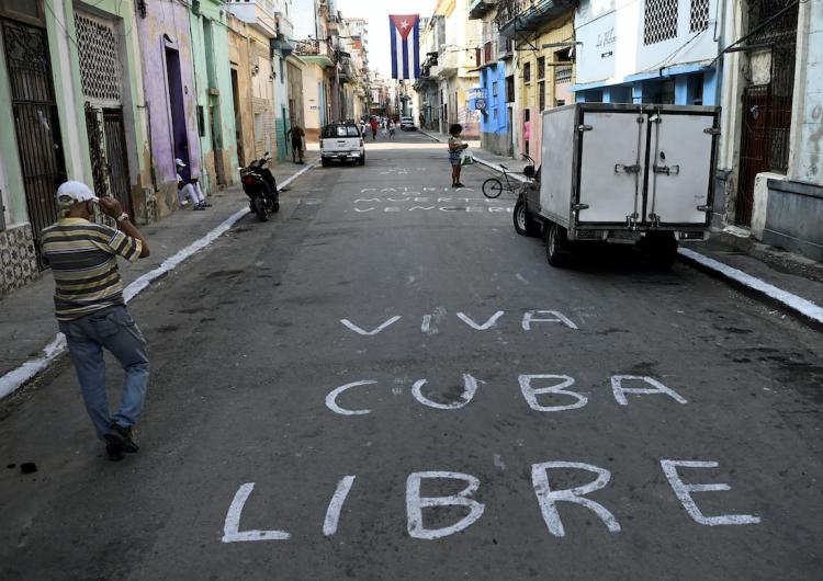 EU y más de 20 países lanzan declaración conjunta de apoyo a las protestas en Cuba